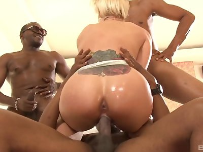 Wild gang bang action for thick booty Holly Heart