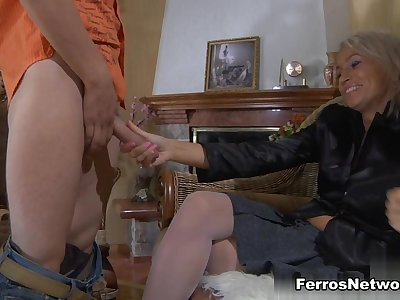 GuysForMatures Video: Ninette M and Robin