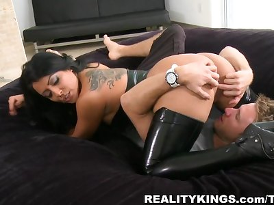 MilfHunter - Touch your toes