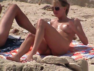Nudist margin 4
