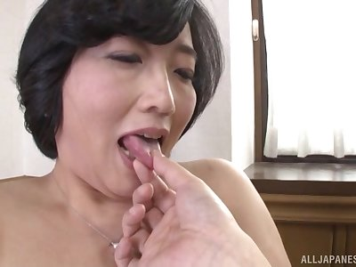 Asian Toyokawa Mutsumi gets her hairy pussy pleased by a toff