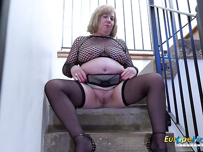 Video with extremely busty matured and her scalding masturbation captured