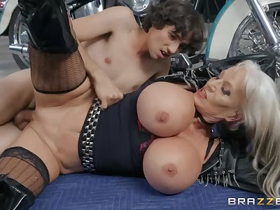 Young guy Ricky Spanish fucked ancient biker Sally D'Angelo