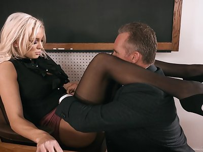 Strict looking busty blonde cunning Kenzie Taylor lures coxcomb to fuck stupid