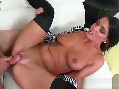 Milf Huntswoman - Levi Cash Michele - Lovely