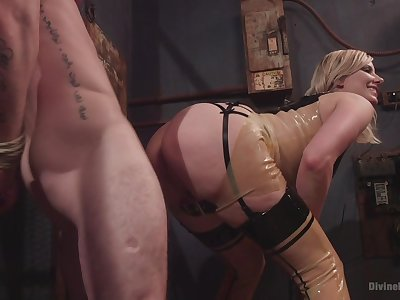 Face desk-bound porn and femdom XXX with a hot beauteous