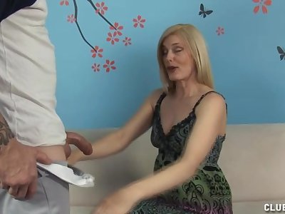 Mature blonde with natural tits gives but for the fact that handjob ever