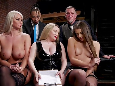 Aiden Starr is a masterful sexy shake out who gets off on punishing slaves