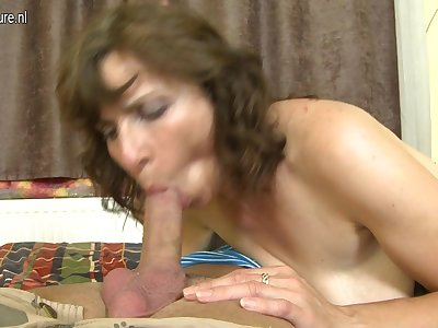 Hairy Housewife Fucking Her Toy Small fry - MatureNL