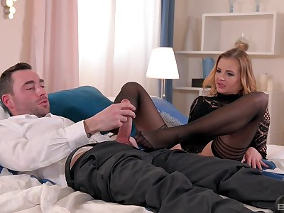 Candy Alexa issues super X footjob during a romantic interlude