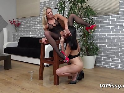 Claudia Macc and Concealed Tina back HD Pissing Blear Ready For Action  at Vipissy