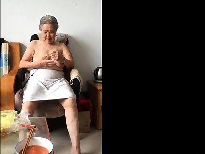 Asian 80+ Granny Check d cash in one's checks bath