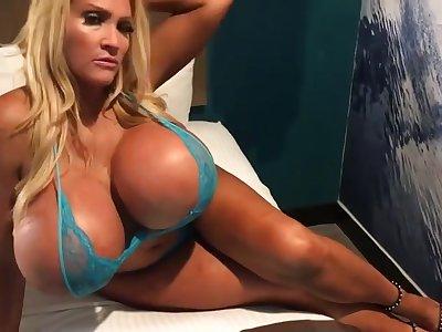 Allegra Cole Massive Tits Strumpet MILF in amateur hardcore with cumshot