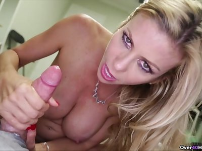 Lord it over bared MILF gives the finest handjob explicitly POV