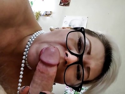 Capture Of A Strong Dick With A Pearl Necklace, Only Closeup